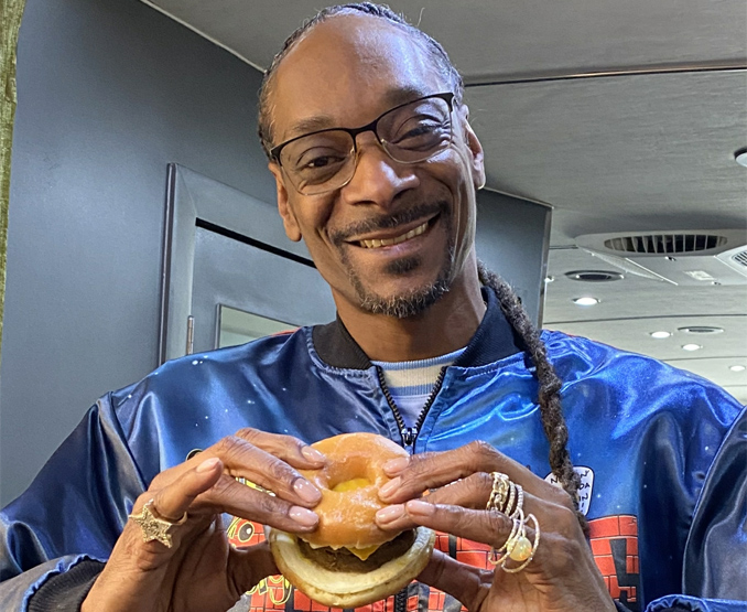 Snoop Dogg with The Beyond D-O-Double G Sandwich